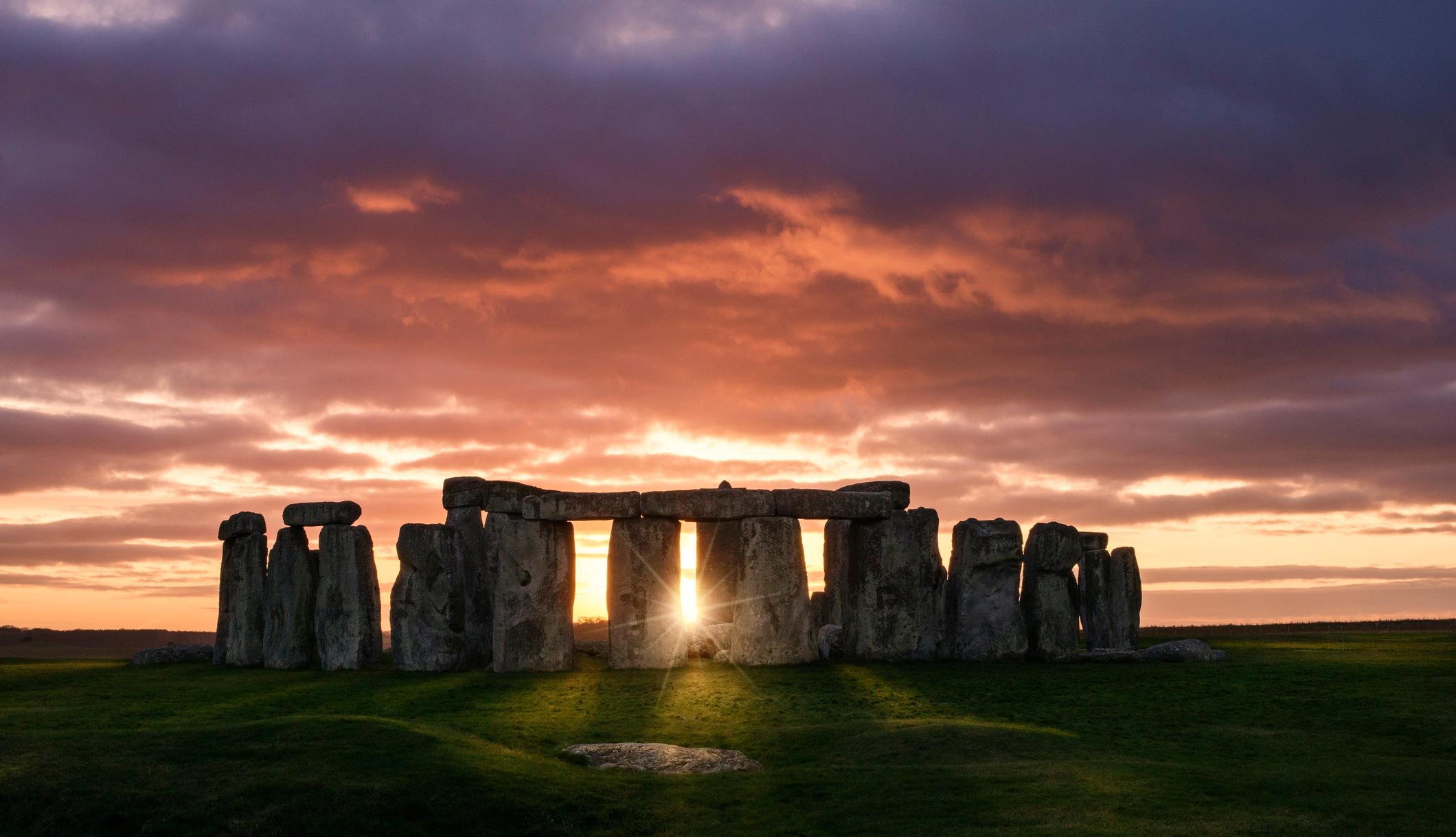 Stonehenge along the Great Stones Way