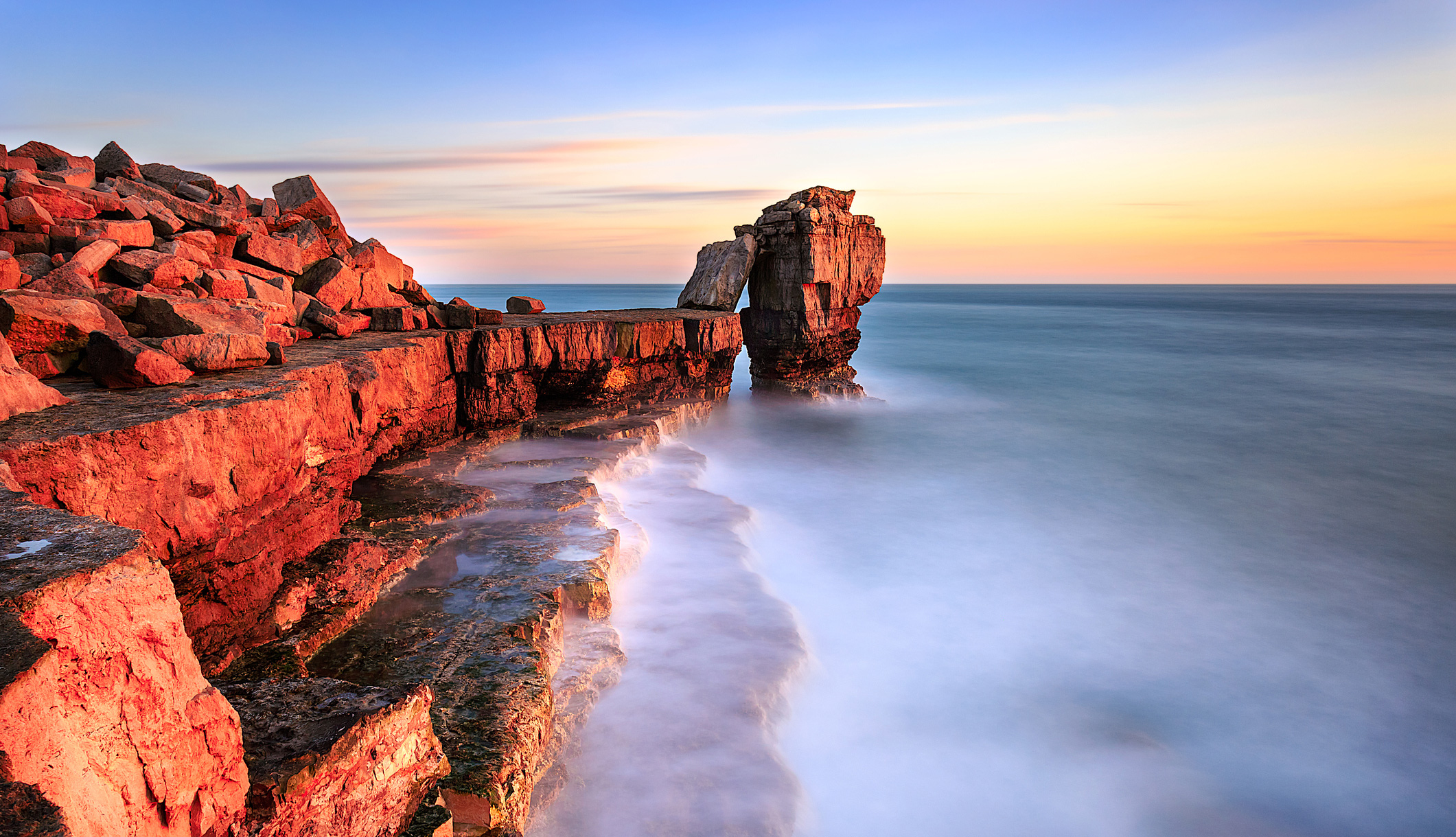 Pulpit Rock at Portland Bill on the South West Coast Path