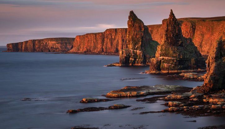 A view of the Duncansby Stacks from the John O' Groats Trail