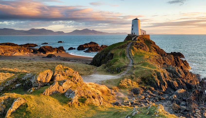 Tŵr Mawr Lighthouse on the Anglesey Coastal Path