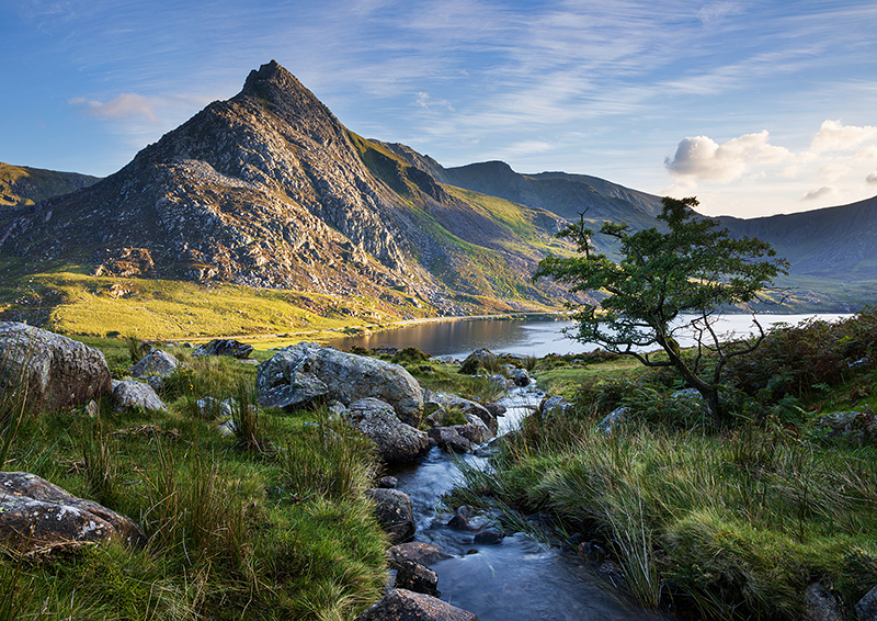 Ogwen Valley and Tryfan on the Snowdonia Way